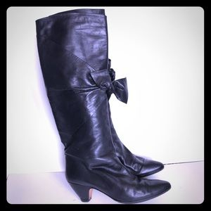 Casadei leather boots with bow detail